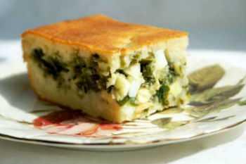 Ингредиенты зеленый лук г г сыра г куриной грудки поваренная сольпять яицсода мл сметаны пакетик разрыхлителя стакан муки