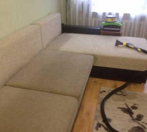 Читайте, как вывести самые неприятные пятна с мебельной обивки