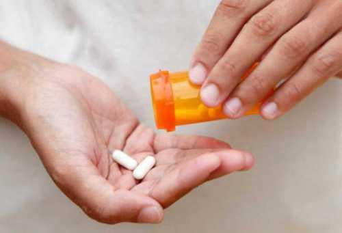 Несмотря на критику, антибиотики помогают вылечиться от смертельных заболеваний