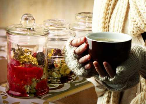 Эффективные результаты приносит растирание суставов соком редьки с мёдом