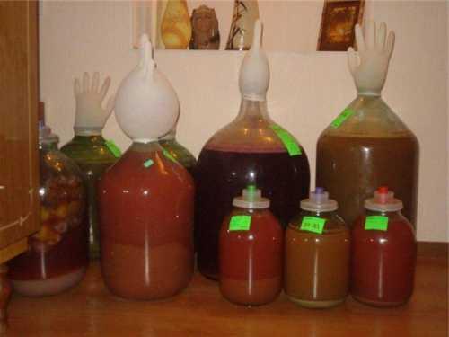 Для классической медовухи нужны следующие ингредиенты