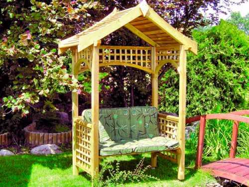 Перголы и арки из дерева для дачи