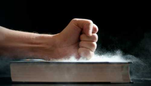 Ученые объяснили, чем опасна домашняя пыль